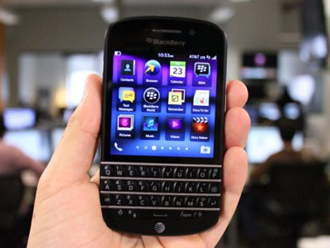 19-blackberry-q10